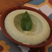 Hummus Basil